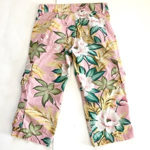 Lucky Brand Pink Floral Capri Cargo Pants 4/27